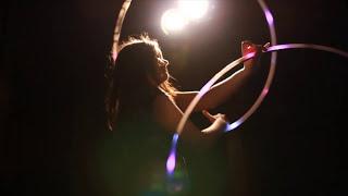 Gambar cover Feeling Good (Bassnectar) Hoop Dance