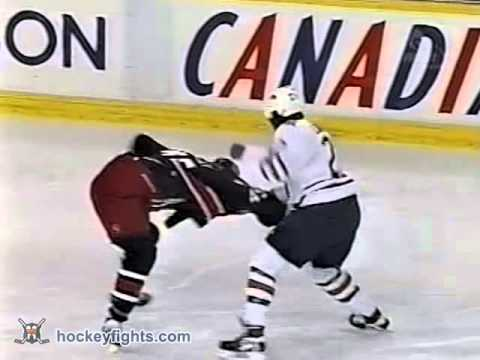 Jody Shelley vs Georges Laraque