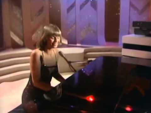 The Captain & Tennille - Come In From The Rain