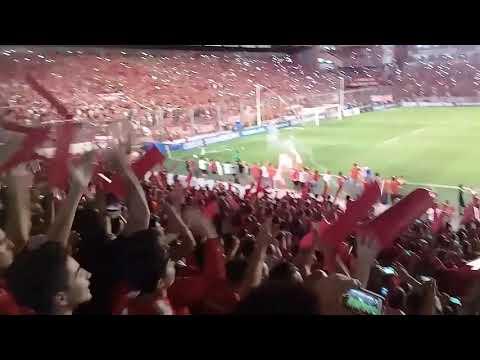 """""""Recibimiento Independiente vs Flamengo - Final copa sudamericana"""" Barra: La Barra del Rojo • Club: Independiente"""