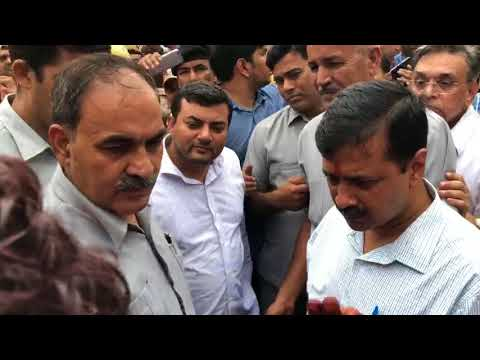 Delhi CM Arvind Kejriwal Listening & Solving Problems of Transit Camp, Anand Parbat