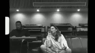 """Snoh Aalegra ~ """"I Want You Around"""" (stripped Down Live)"""