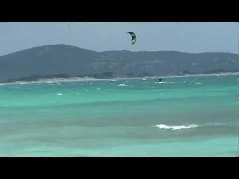 Am Strand von La Cinta gibt es eine ausgewiesene Kitesurf-Zone