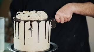 THATH: How to Cut a Tall Cake