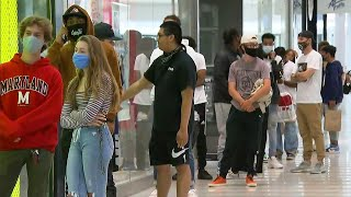 Mall Of America Reopens With Long Lines Outside Sneaker Store