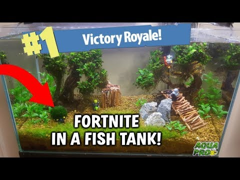 FORTNITE IN A FISH TANK! BATTLE ROYALE AQUARIUM BUILD