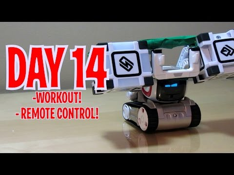 Cozmo – Day 14: WORKING OUT WITH CUBES + REMOTE CONTROL (Anki's New Robot Review!)