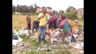 preview picture of video 'Williams Life on the streets of Kenya'