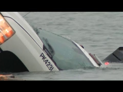 Workers OK after Chicago Park District truck slides into Lake Michigan