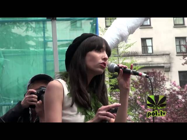 Jodie Emery speaking at 420 Vancouver 2014