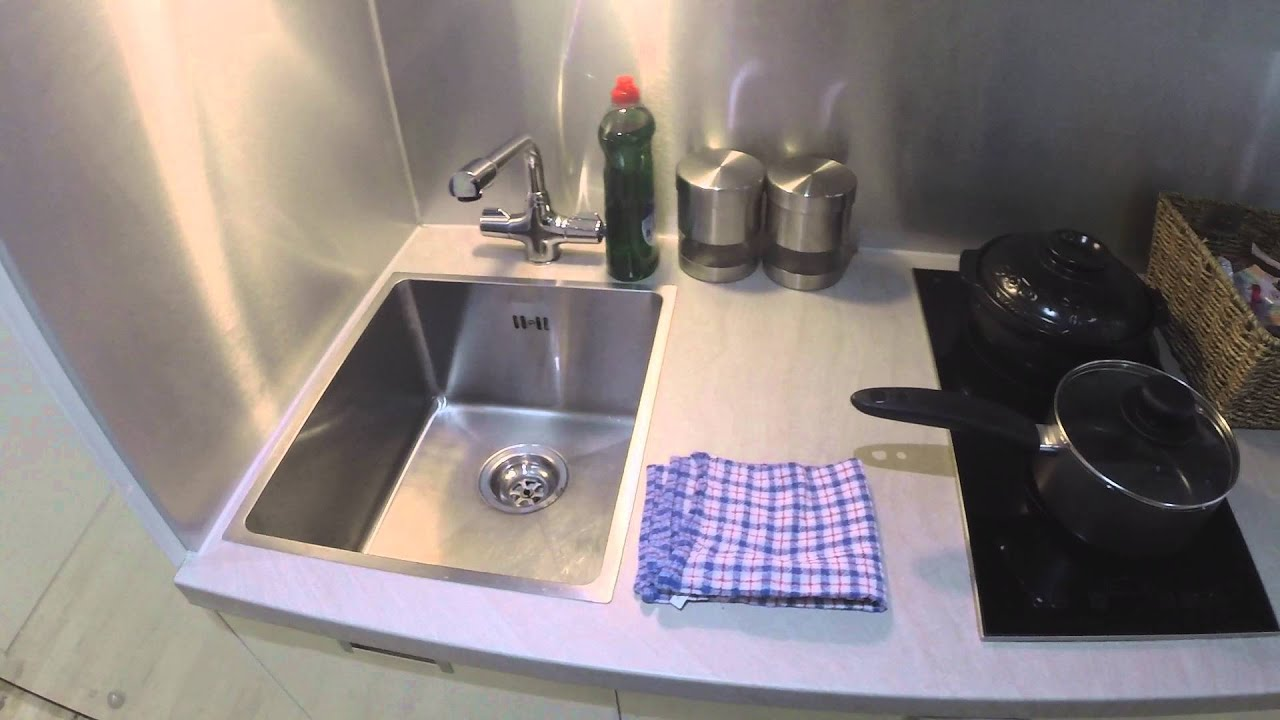 Spacious room with shelving in shared flat, Bethnal Green