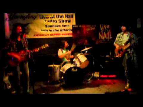 Sunfish: Caress me Down/Sunshine Daydream (Live at the Rusty Nail)
