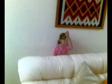 Marialba Subiendo las escaleras
