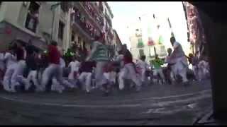 preview picture of video 'Quiero correr en Pamplona con Kenya & Kat'