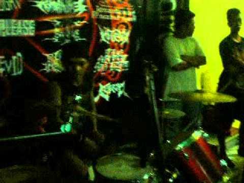 KEJIE live in GIGGS lampung 2013