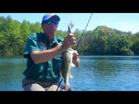 THE BASS COLLEGE IN HARRINGTON PRIVATE POND INSTRUCTION.avi