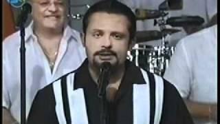 """Cantante Jose Leslie Escobar interpretando el tema """"Dejame Saber"""" en TV Canal 6 de Puerto Rico"""