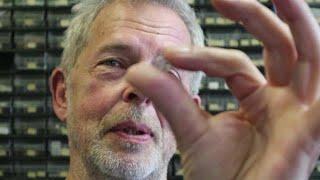Al 33 jaar verdient deze man aan Dinky Toys-onderd - RTL Z NIEUWS