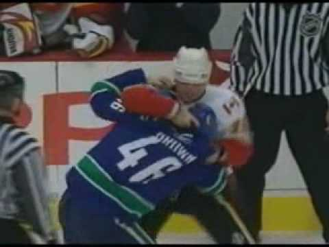 Mike Brown vs. Mark Smith
