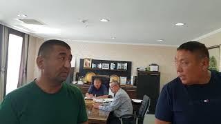Это депутат Маслихата г Актау, учредитель гостиницы Нур плаза - Дюсенбаев Мереке Жауынбайулы