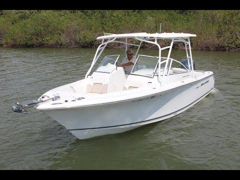 Sea Hunt Escape 250 video