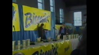 Gary Bauer Flipping Pancakes, NH Primary 2000