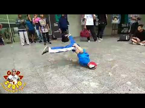 Dança de rua do Largo da São Bento