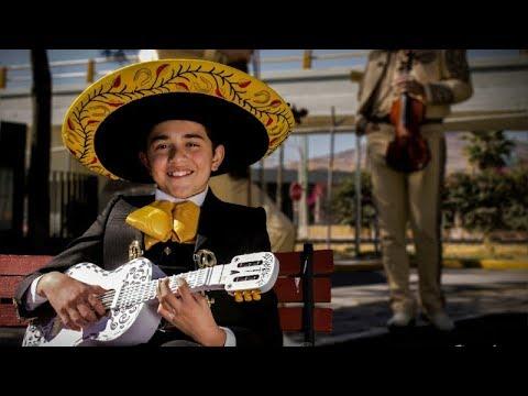 Luis Angel Gomez Jaramillo y Los Trovadores De México