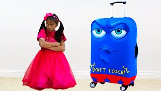 Wendy Pretend Play with New Robot Luggage Suitcase Traveling Toy for the Holidays