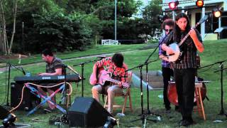 "Anika Scribbling - ""If It Ain't Broke, Don't Fix It"" (live in Plymouth July 2011)"
