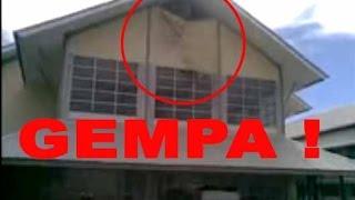 NYATA  Gempa 89 SR Aceh 2012Semua Panik Mencenggangkan