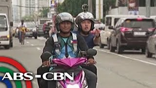 """Rated K: Chino """"Pinoy Waze"""" Liu tries a motorcycle booking service"""