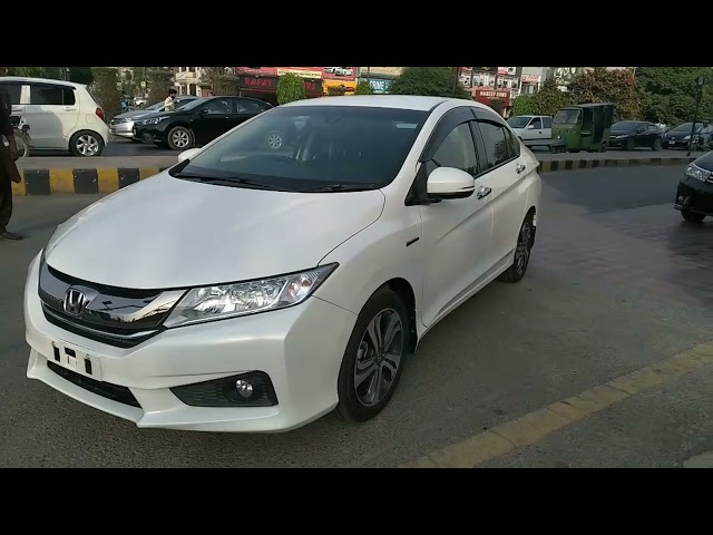 Honda Grace Hybrid EX 2017 for Sale in Lahore