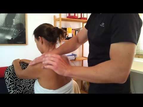 Cómo hacer un buen masaje casero 4 - Hombros y cuello