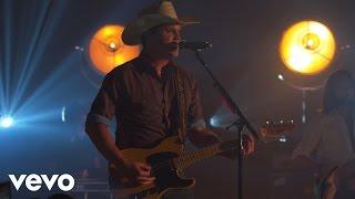 Jon Pardi - Heartache On The Dancefloor (Vevo Presents)