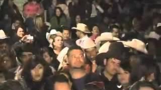 La Arolladora Banda El Limon   Huele a Peligro En Vivo Desde Juancho Rey