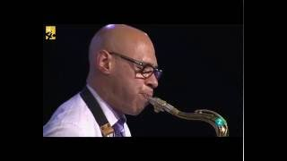 Joshua Redman play Blues in the closet - Vitoria Jazz Festival 2016