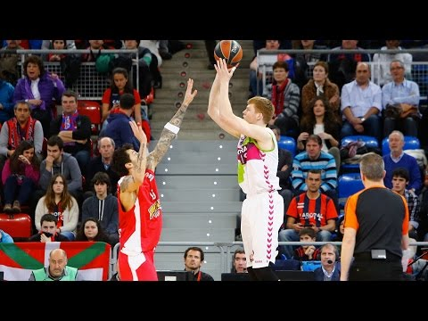 Highlights: Top 16, Round 11 vs. Laboral Kutxa Vitoria