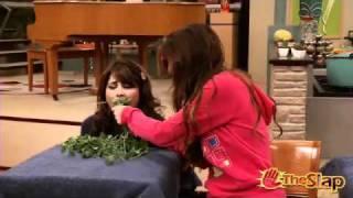 Виктория Джастис, (Victorious) Tori Takes Requests: Trina and the Bunny