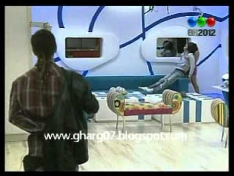 GH 2012 – RODRIGO Y ORNELLA JUEGAN #GH2015 #GranHermano