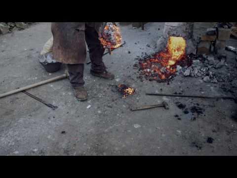 Cuchillos de cocina de Acero Valyrio de Irlanda del Norte, creados por un maestro artesano