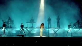 Sade - No Ordinary Love (Live)