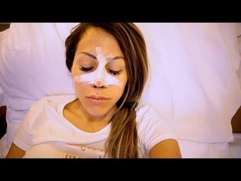 Il ringiovanimento di maschera per pelle intorno a occhi