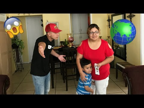 END OF THE WORLD PRANK ON MEXICAN MOM!!! (SHE FREAKED OUT)