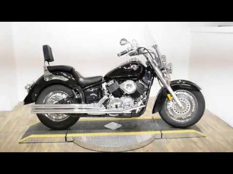 2000 Yamaha V Star 1100 in Wauconda, Illinois - Video 1
