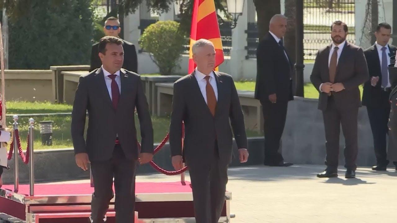 Τη στήριξη των ΗΠΑ στη Συμφωνία των Πρεσπών εξέφρασε ο Αμερικανός υπουργός Άμυνας