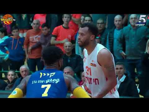 דקוואן קוק מנצח את מכבי תל אביב
