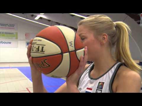 Zappsport: Basketballen met Loyce Bettonvil