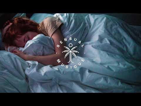 nourii & Little Venice - Insomnia (feat. Axel Ehnström)