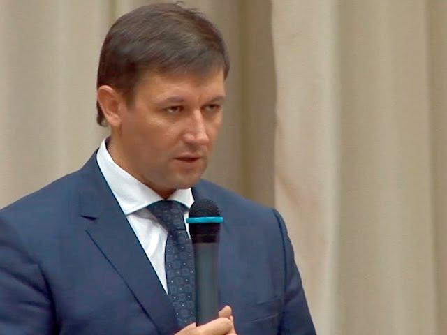 Министр спорта приехал в Ангарск